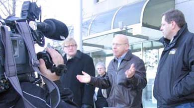 Photo: Rally outside CRTC offices